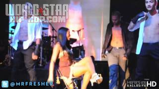 Chris Brown Dancing With Young Girl on Stage During Thanksgiving Carnival Perfomance in Atlanta!