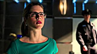 Felicity Smoak ft Olicity She use to be mine