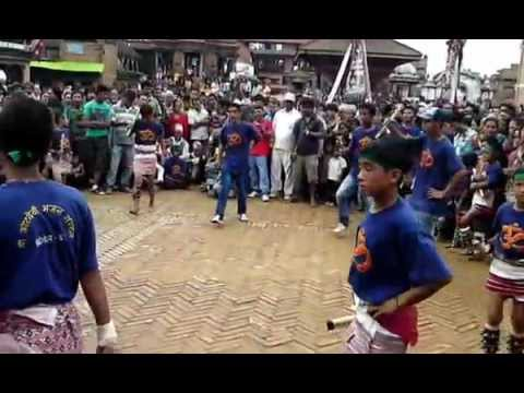 Nepalese Cultural dance with cultural song  from Kwopa(Bhaktapur).AVI