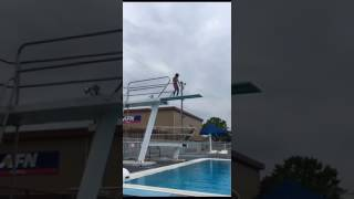 Super Kids- Despacito ft. Mario Dancing & Jumping from Diving Board