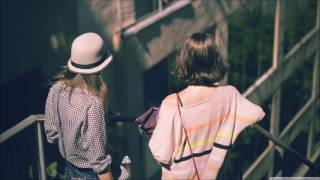 The Chainsmokers ft Selena Gomez & Kygo – It Ain't Know