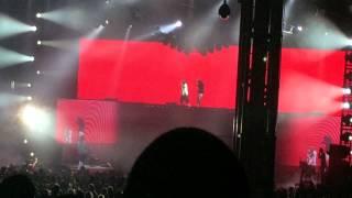 Drake vs Lil Wayne : YG - Who do you Love ft Drake LIVE!