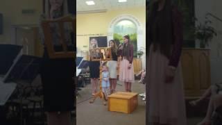 Noelia, Andreea, Estera -Isus ești Domnul domnilor