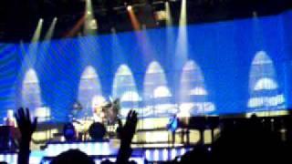 REO SpeedWagon- Keep On Loving You (Live)