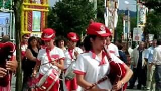 """Grupo Zés Preiras e Musical """"Os Divertidos"""" ...Uma Moça Chorava..."""