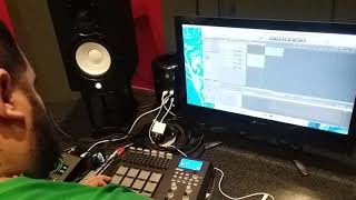 "Julian Ayala (SoulReal) in the creative process Pt. 2, beat name ""Jazz Box"""