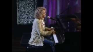 Carole King - So Far Away (live)