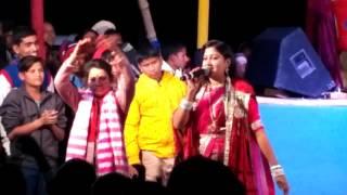 Kumkum bharti best live performance on bette patthar pe jindge na aaram lagata