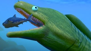NEW GIANT EEL EATS THE MEG WHOLE!!! - Fish Feed Grow width=