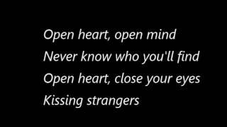 DNCE-kissing strangers fft. Nicki minaj (lyrics video)