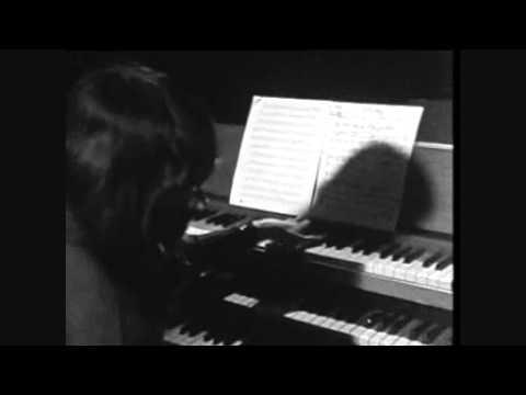 soft-machine-kings-and-queens-brussels-1971-bassludeman