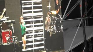 Owl City ft. Carly Rae Jepsen - Good Time (live in Argentina 9th November)