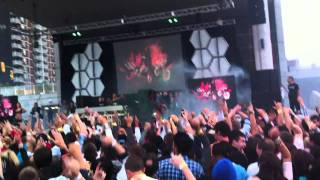 Benny Benassi - Beautilful People (feat. Chris Brown) (Live at Windsor Riverfront - Sept 6th 2011)