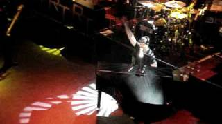 Robin Thicke - Dreamworld (live @ Shepards Bush Empire)
