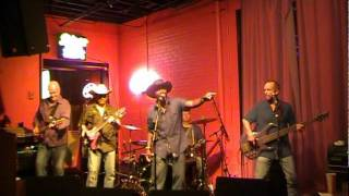 THE CHRIS RIVERS BAND featuring TREY WILLIAMS
