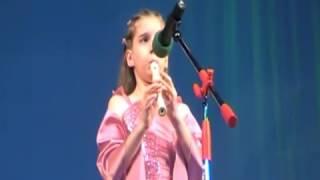 Дети исполняют песню Одинокий пастух - Даша 10 лет - ダーシャ10年 - 子どもたちは孤独な羊飼いの歌を歌います