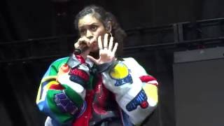 AlunaGeorge - Attracting Flies Live HD at Lollapalooza 2016