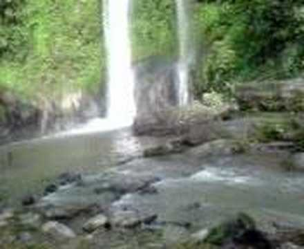 Madhobkundo falls