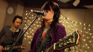 The Kills - Black Balloon (Live on KEXP)
