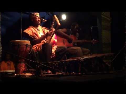 ayub-ogada-kothbiro-live-rodrigo-quiros