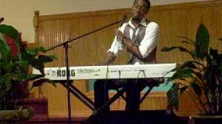 "Mali Music singing ""Avaylable"""
