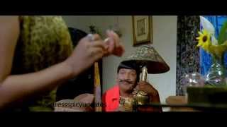 Nayanthara Hot  scene in kuselan kathanayakudu width=