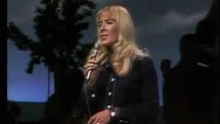 Barbara Fairchild - The Teddy Bear Song