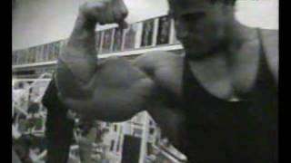 bodybuilding - Mike Matarazzo - 22INCH ARMS!!!!