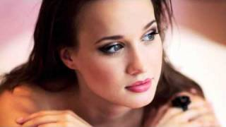 Kristína - Anjeli Lietajú Nízko