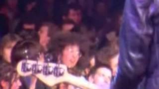 Ramones 31-12-77 Rainbow London - Blitzkrieg Bop featuring me