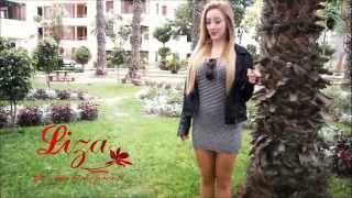 Lenceria Liza - Romina Gachoy  invitando al desfile por Halloween