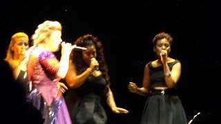 Kelly Clarkson - Nobody Love (Tori Kelly Cover) Live @ Hershey