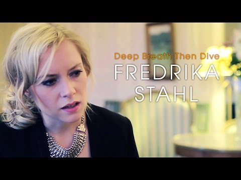 fredrika-stahl-deep-breath-then-dive-acoustic-session-by-iloveswedennet-valerie-toumayan