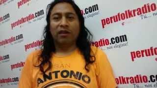 Santos Salinas saluda a los fans de Wayna Picchu