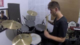 Gabriel Simon - Drum Cover - Traição não é acidente
