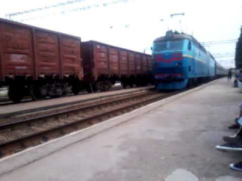 Bakhchysarai-freight train with 2xWl8 and night train from Kiev to Sevastopol.