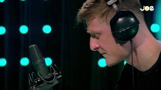 Ozark Henry - Where Is The Love (live bij Joe)