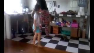 Aymara bailando