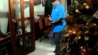 Canta Hernan Arturo Garrido un Tango de Feliz Navidad