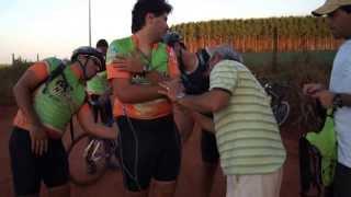 Expressões de afeto e dor do ciclista Hiper Radical Ary Marcos-Navibikers