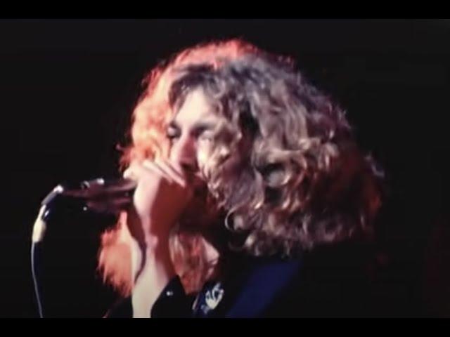 Actuación en directo de 'Communication Breakdown' de Led Zeppelin.