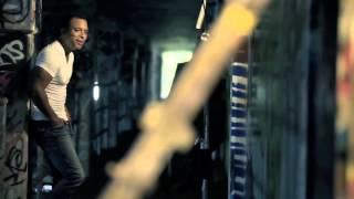 Jon Secada - I'm Never Too Far Away - OFFICIAL VIDEO