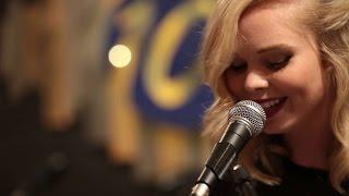 Let Me Love You - Kylie Odetta (Live Session @ Studio 101)