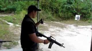 M16 EN RAFAGA!