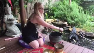 3 Minute Mindfulness | Peaceful Tibetan Bowls on a Rainy Day | Calming Sounds