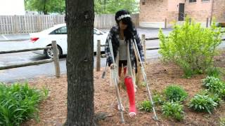 She's so good on her crutches