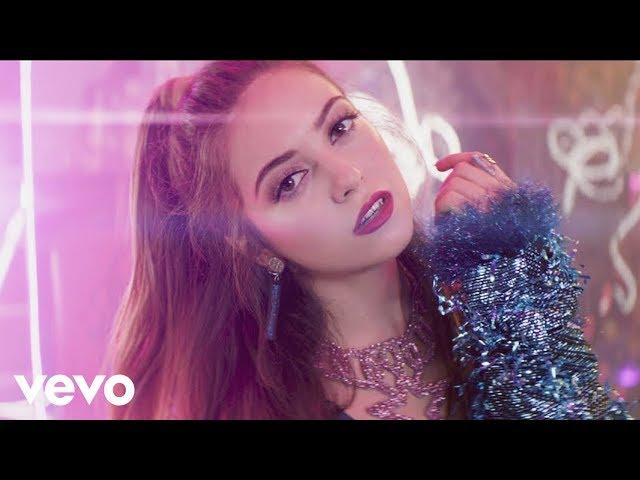 Ana Mena ft Becky G y De la Guetto - Ya Es Hora
