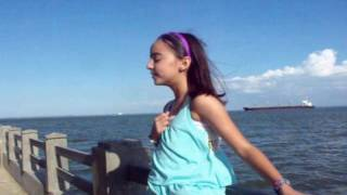 Daniel Bustillos Márquez Feat Andrea Acosta - Dios es Fiel Oficial Video