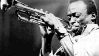 Miles Davis & Charlie Parker  - A Night In Tunisia