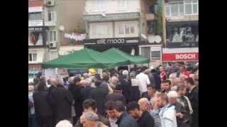 Türk Kızılayı Maltepe Şubesi, Camii'De Sıcak Lokma Döktürdü. 2013 ( Slayt 1 )